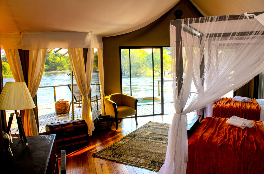 02-zambezi-sands-luxury-tent.jpg
