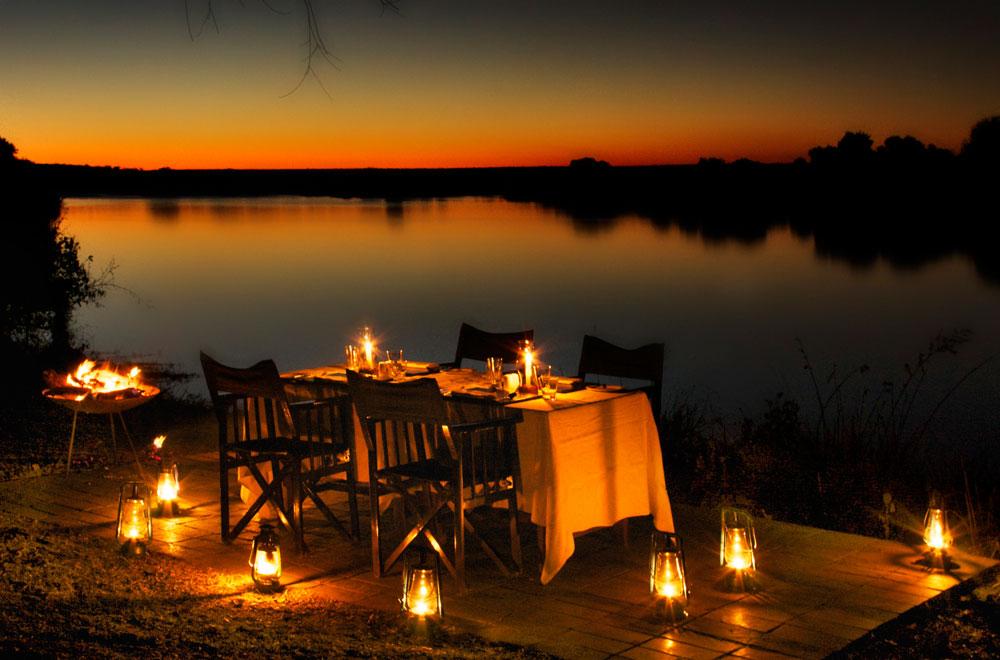 06-zambezi-sands-dining.jpg