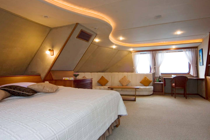 INTEGRITY Owner's Suite:    Photo: INCA