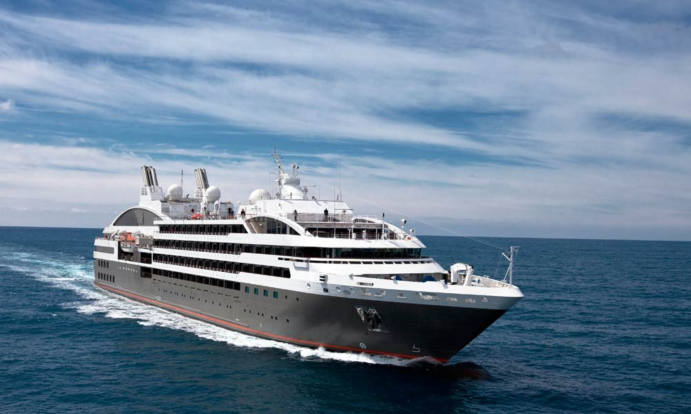 Travel in style and elegance aboard Le Lyrial