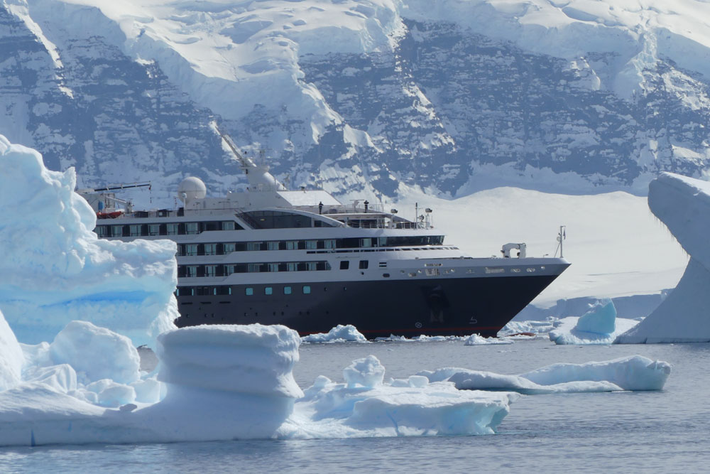 ship_ice_antarctica_richard_polatty.jpg