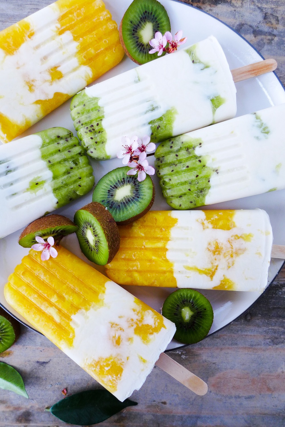 citrus-cream-DIY-popsicles.jpg