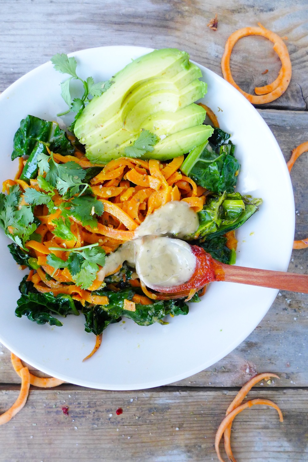 sweet-potato-noodles-kale-goddess-dressing.jpg