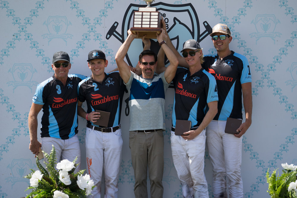 Casablanca winning teammates Mike Azzaro, Grant Ganzi, Jason Crowder and Cacho Galindo with awards presenter USPA CEO Bob Puetz.
