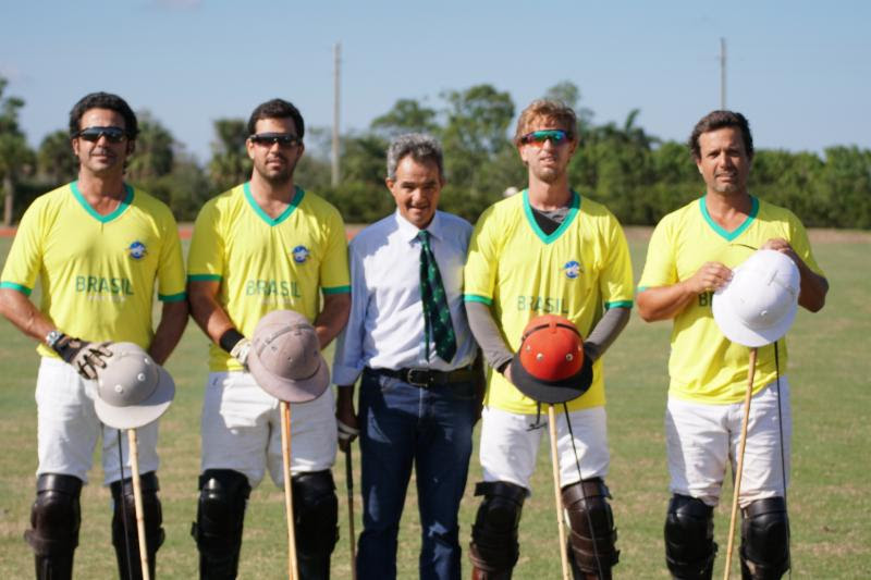 Brazil players Guilherme Lins, Caio Mello, Gustavo Toledo and Flavio Castilho with coach Jose Mirelles. Photo by ChukkerTV