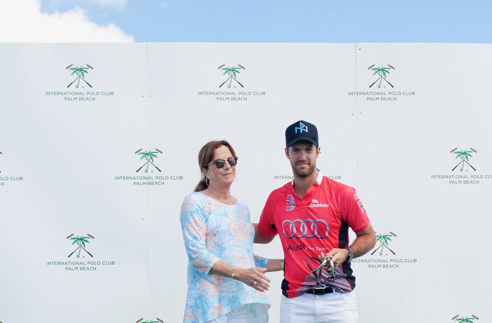 Nico Pieres receiving his MVP awa.JPG