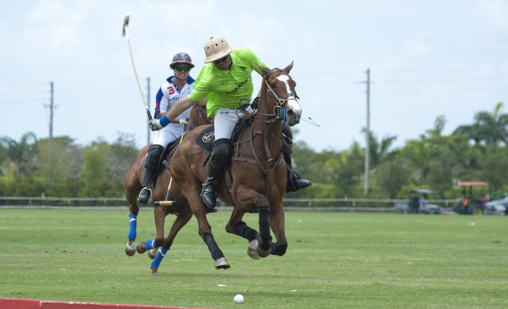 Julio Gracida of ChukkerTV goes for the big.JPG