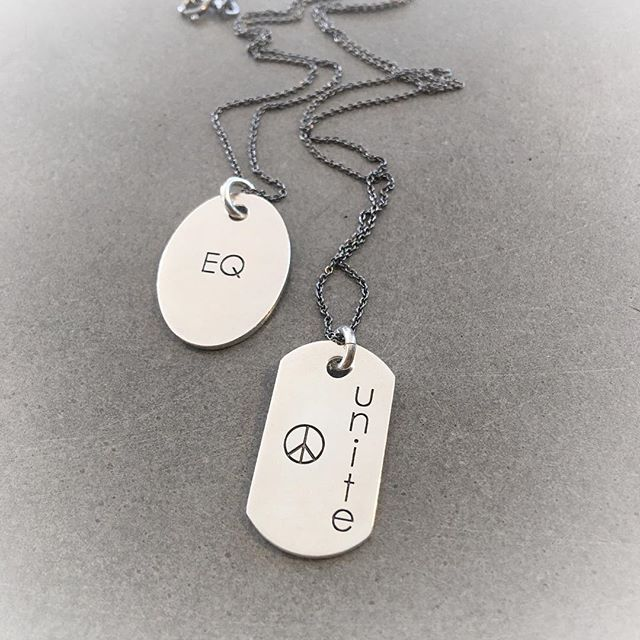 What we all need to focus on❣️no matter what, this is what it comes down to to make this 🌎🌍🌏a better place✌🏼#subtle #statement#dogtags#byme#unisex#silver#jewelry#relaunch @bymenorway