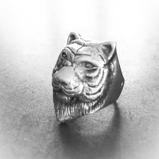 Mr.Tiger🐯#unisex#ring#byme#silver#jewelry @bymenorway #mariannetefre #relaunch#part2
