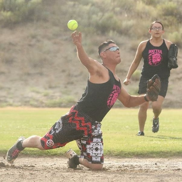 Colville tribal member Vincent Vargas Jr. of team Boo Yaa, fields a ground ball and guns it to first base against Lookin 2 score in Grand Coulee Dam Co-Ed Softball League action on Tuesday evening July 10 from the North Dam softball/baseball fields in Grand Coulee. The league is made up of 14 teams from all over the region and Colville Indian Reservation. (📷 @shazam_ink_photography / Tribal Tribune) #softball #slowpitch #slowpitchsoftball #coed #coedsoftball #grandcoulee #washington #509 #pacificnorthwest #pnw #colvilletribalmembers  #recreational #sports #newspaper