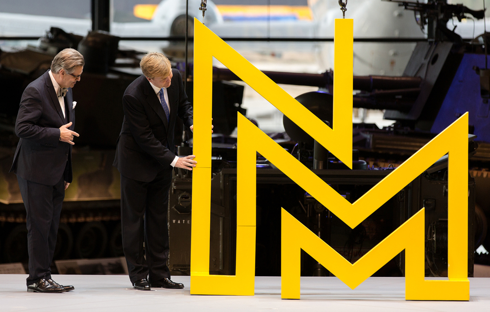 His Majesty the King at the opening of the National Military Museum, putting together the last pieces of the NMM monogram - Photo by  Anne Reitsma