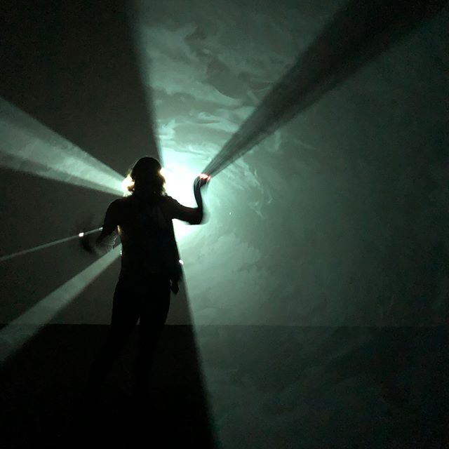 I had an amazing weekend seeing #exhibitions 🎨 I made it out to see #davidhockney and then topped it off with the #anthonymccall #solidlightworks #exhibition at the #pioneerfactory in #redhookbrooklyn ... totally transcendental! #nycart