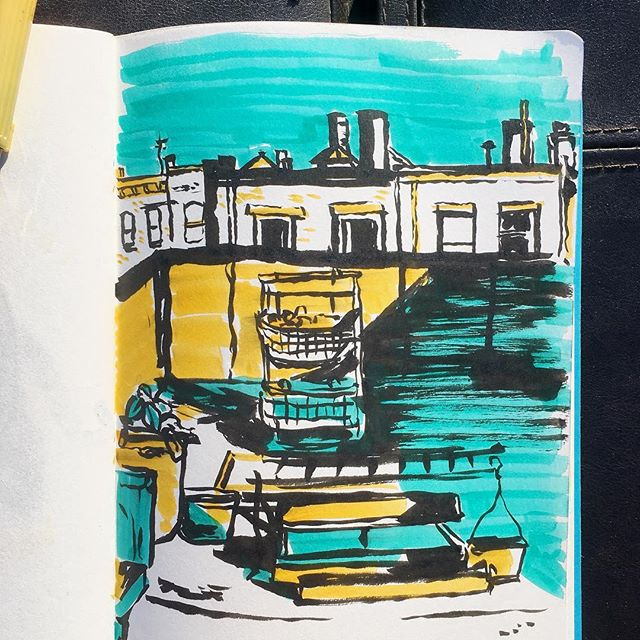 A little #rooftop #reportage #sketching on a beautifully #sunnyday in #brooklyn 🎨 #illustration #illustrator #artistsoninstagram #sketchbook #brushpen #nycskyline