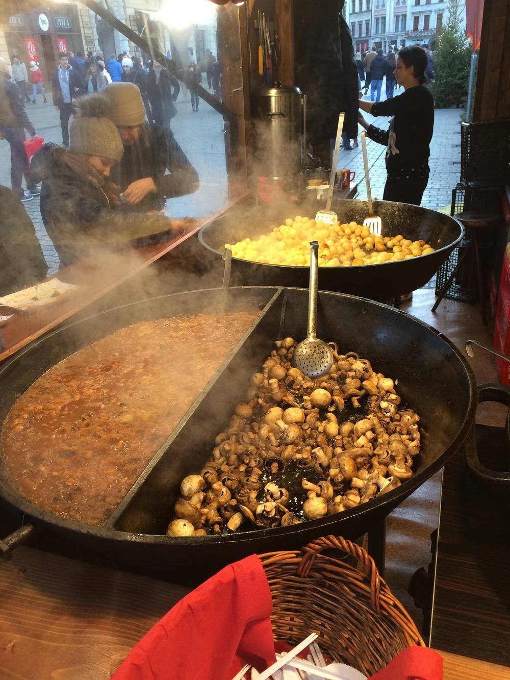 Krakow Christmas markets: Sauteed potatoes, mushrooms, and sauerkraut soup