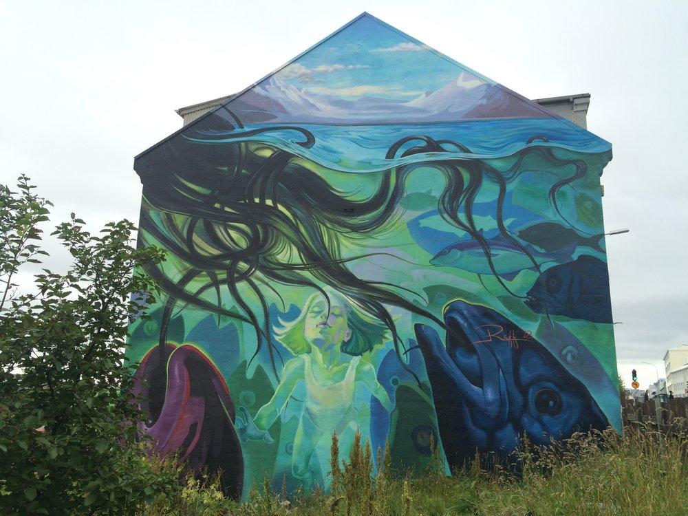 More sweet graffiti art,Reykjavík.