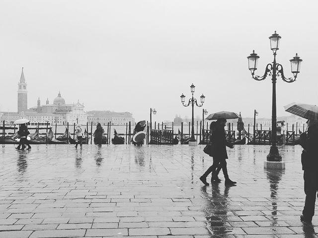 Rainy days + Italian espresso? Don't mind if I do.☕️☔️ . . . . . . . . . . . . . . . . . . . . . . . . . . . #rainydays #italy #italia #espresso #coffee #europe #venice #venezia #travel #explore #adventure #world #mundo #travelstoke #wednesday #humpday #wanderlust