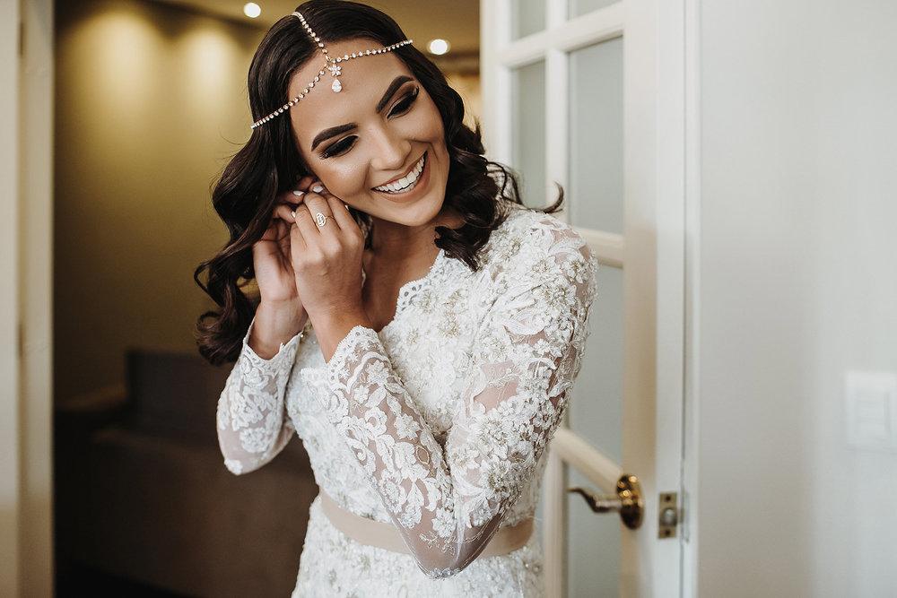 I N S P I R E - S E - Aqui algumas das nossas lindas noivas!Um lugar onde você pode se inspirar para a escolha do seu vestido, maquiagem, cabelo...