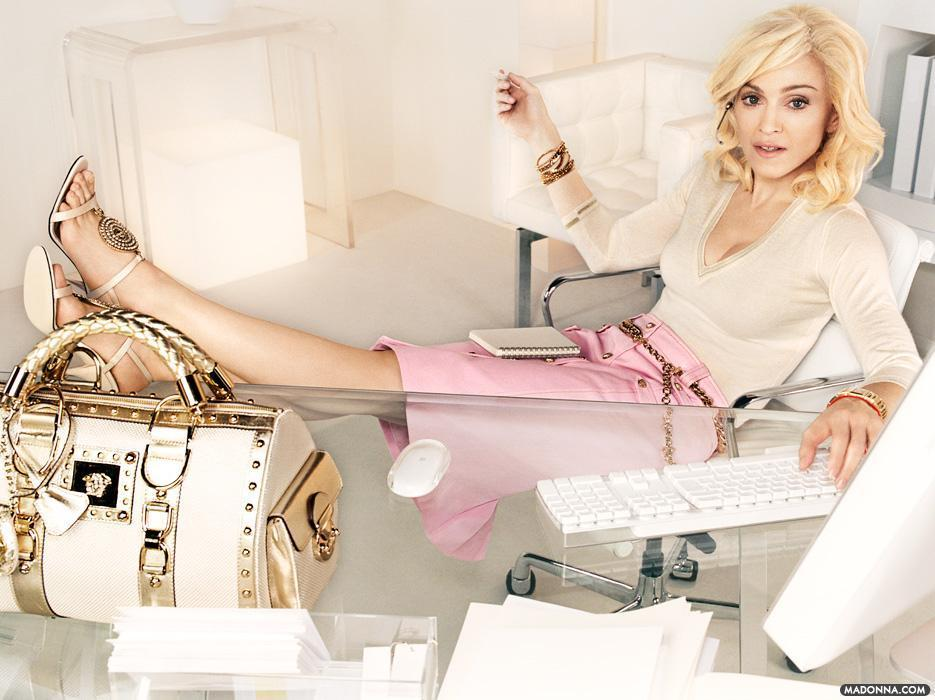 In 2005 Madonna returned to Versace for another campaign.