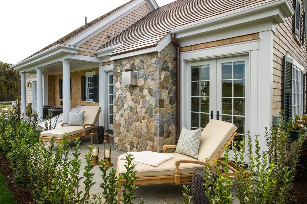 dh2015_master-patio_01_hero-shot_h.jpg.rend.hgtvcom.1280.853.jpeg