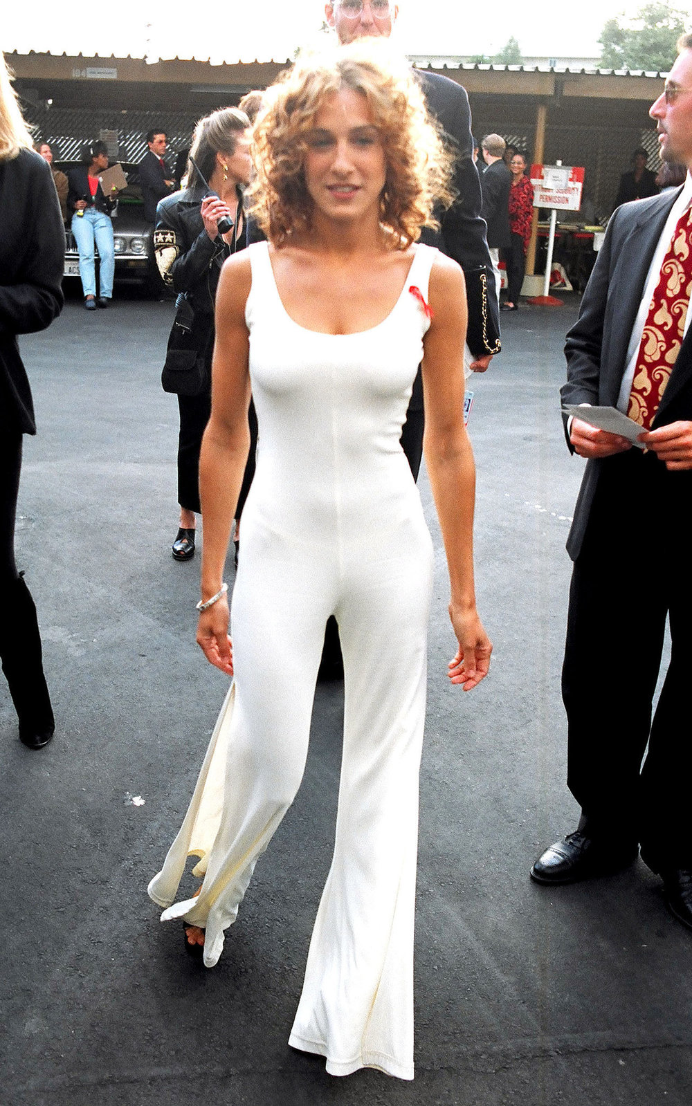 WHITE JUMPSUIT CHIC