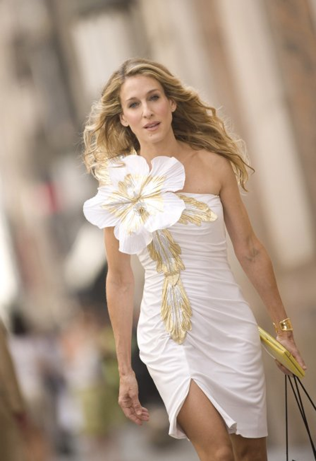 SATC CARRIE GOLD FLOWER