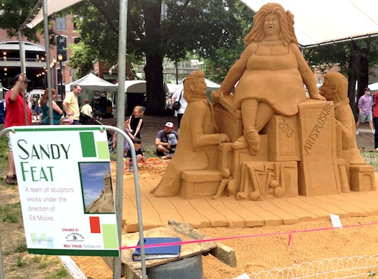 sand sculpture by Sandy Feat