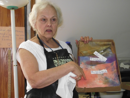 Marcia shows a set of parfait samples. Her color stack was peach, lilac and bronze.