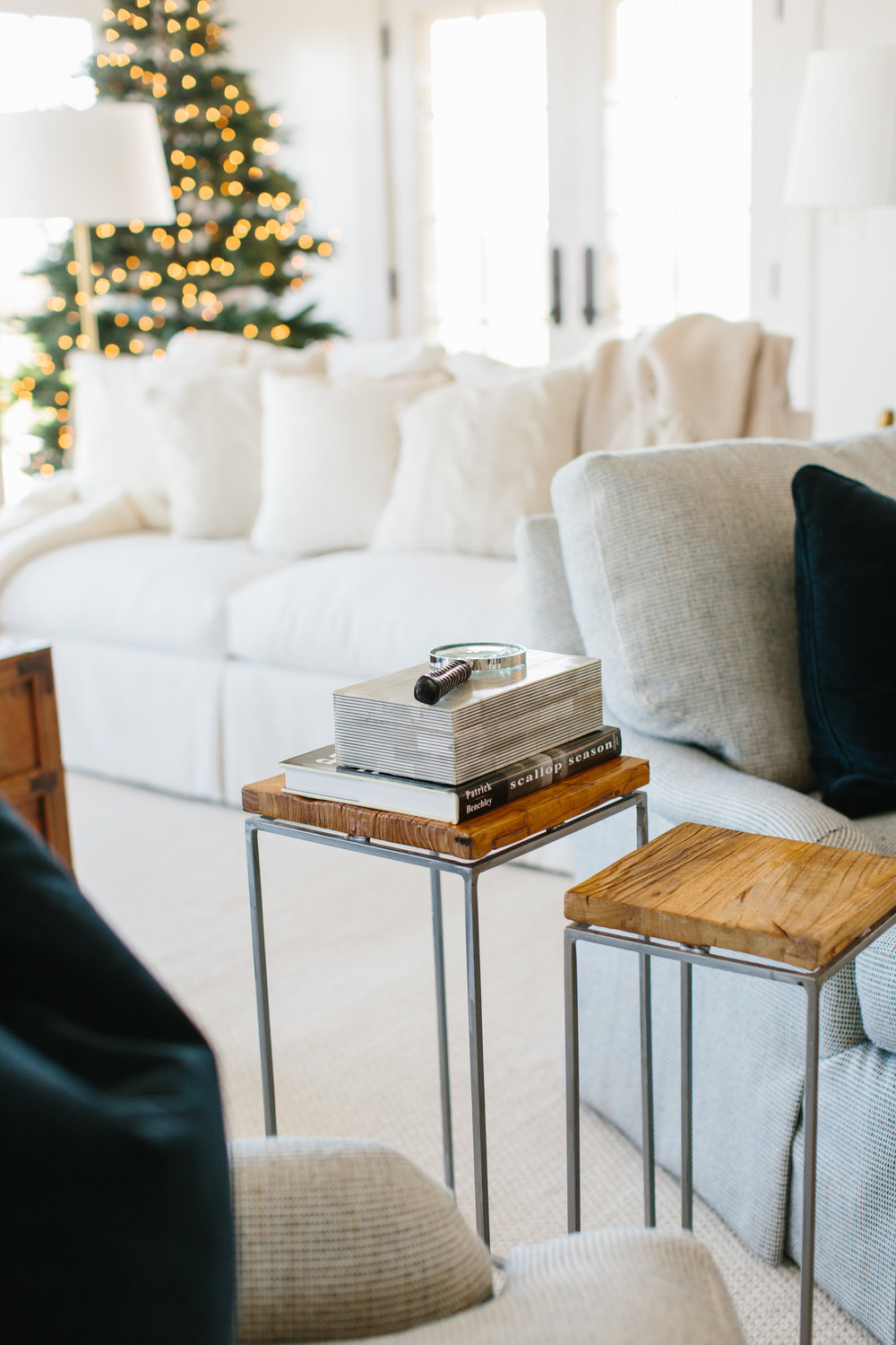Nantucket Dream Home Holiday Decor Styling: Abby Capalbo | Photo: Erin McGinn