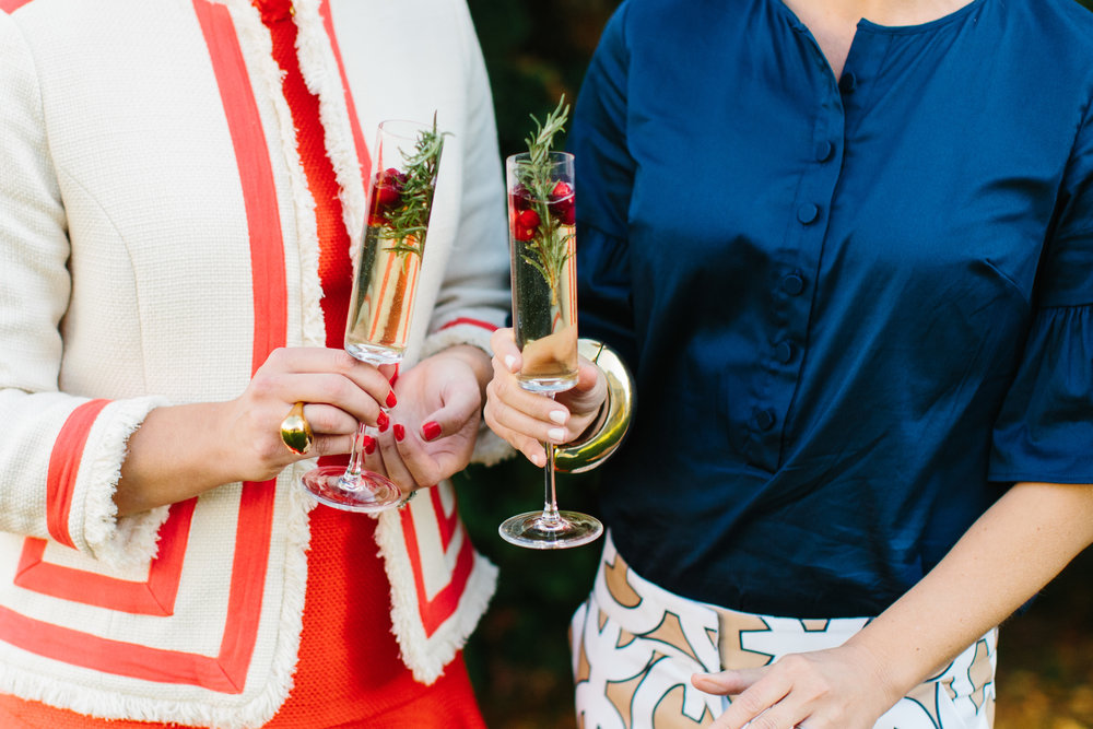 Easy Holiday Cocktails with Champagne from @abbycapalbo | photo: @erinmcginn