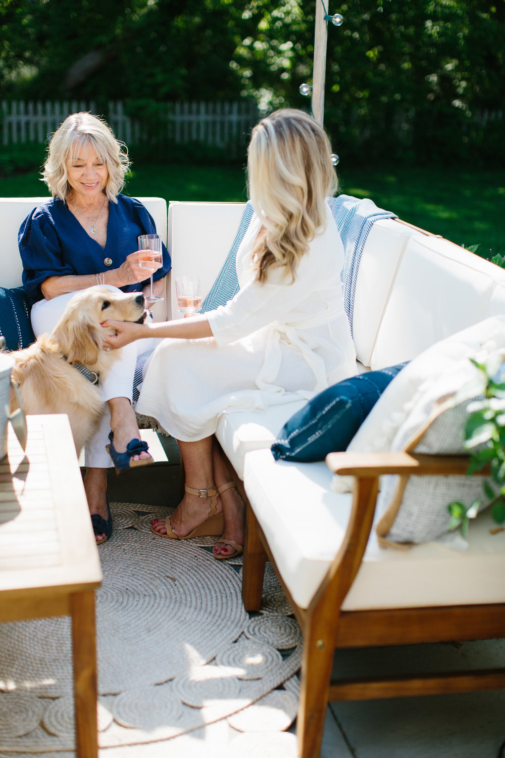 Outdoor Summer Entertaining Decor on a Budget Joss & Main Abby Capalbo | Photography: Erin McGinn