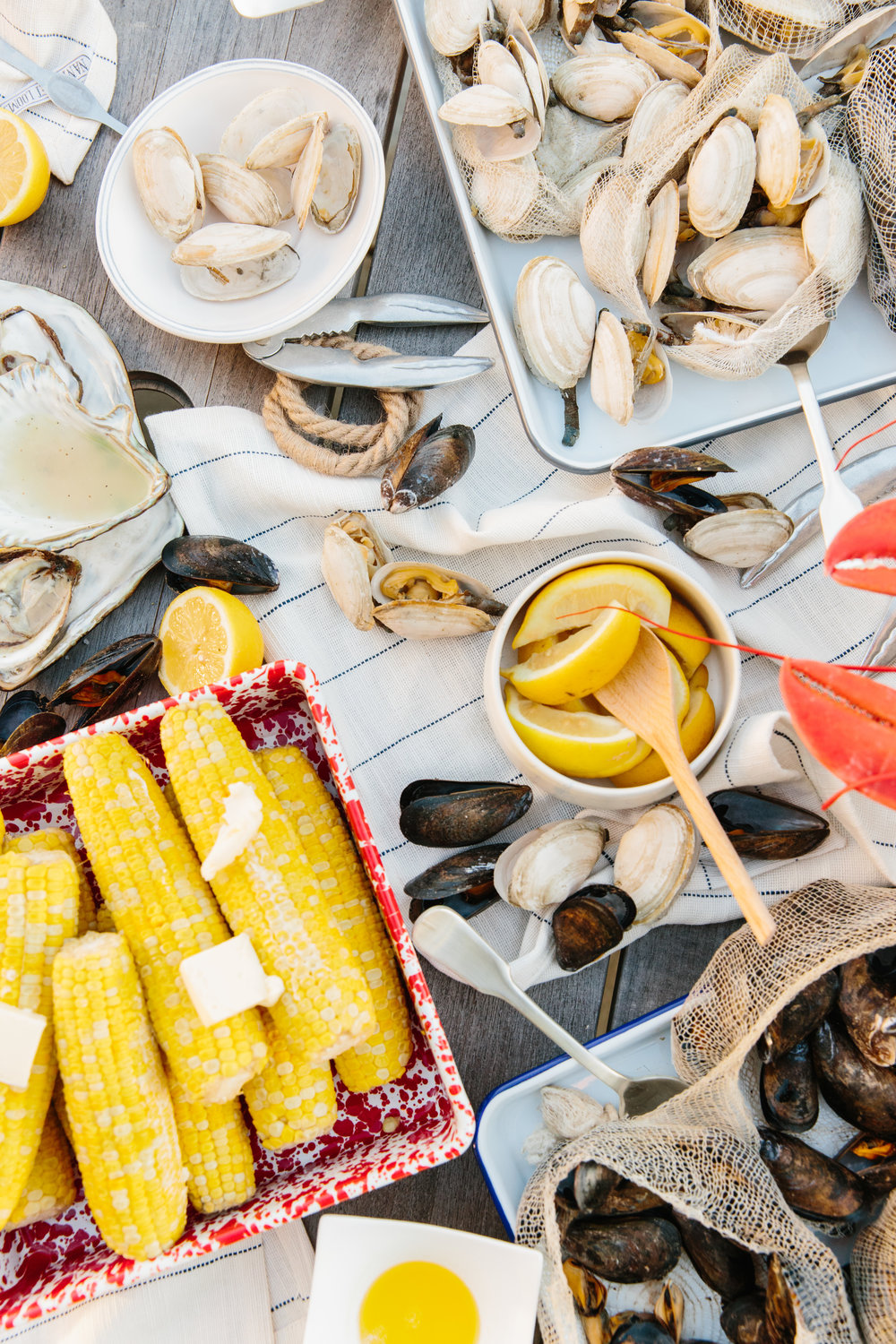 Summer Entertaining in New England Lobster Boil from Abby Capalbo | Photography: Erin McGinn