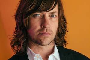 """Rhett Miller is the Texas-born songwriter and lead singer for Old '97s. It's a pleasure to run into him now and again (he lives in the Hudson Valley now) and an even greater pleasure to present him for a solo set at his first Hoot. If you're not familiar with Rhett, here's what he's like at a live showand here's a music video for his song """"Most in the Summertime."""""""
