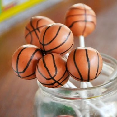 basketball cake pop.jpg