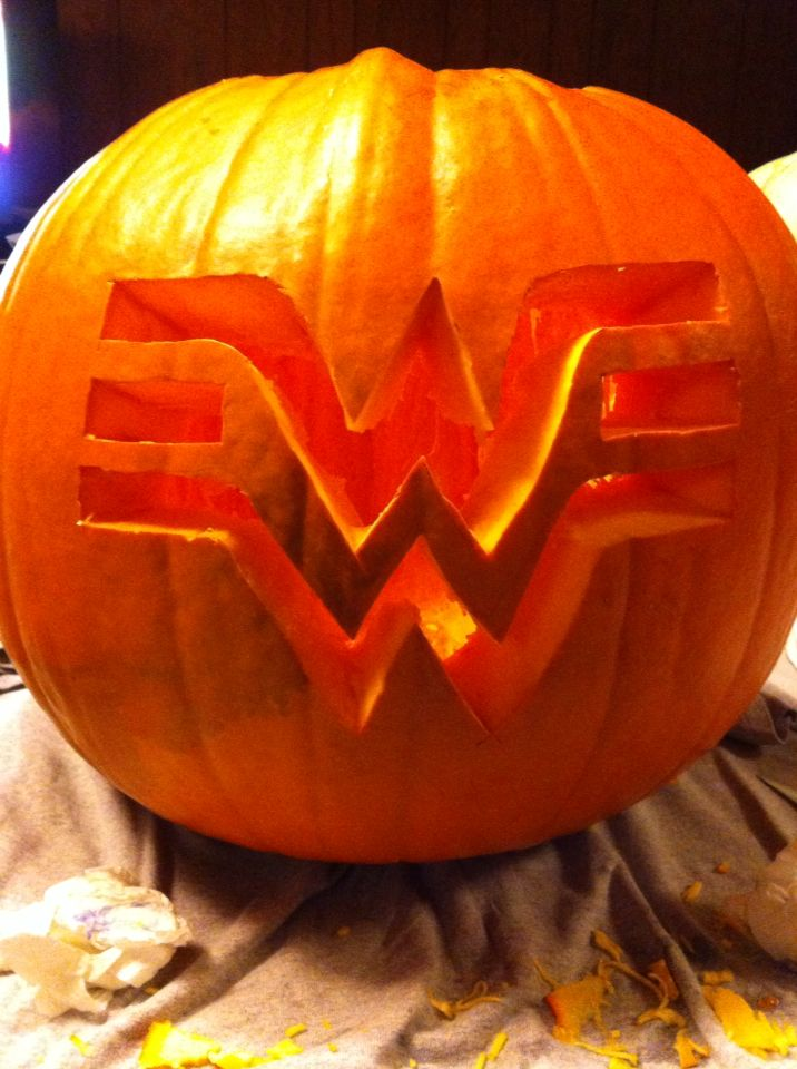 wonder woman pumpkin.jpg