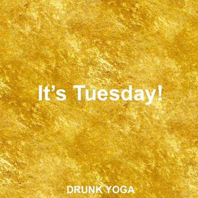 (No it's not.) ...Happy Monday everyone! 🥂💫 .⠀ .⠀ .⠀ ⠀ #drunkyoga #dodrunkyoga #drunkyogacommunity #motivationalquotes #inspiration #motivational #yogaclass #instagood #goodvibes #goodvibesonly #drunkyogagirl #yoga #yogateacher #youareenough #happymondy #wine #cheers #winelover #mondayvibes #winetime #wineyoga #yogaeverydamnday #drunkyogaeverydamnday #namaste #namasteresponsibly #namacheers #drunkyogaclass #blessed #meme #jokes