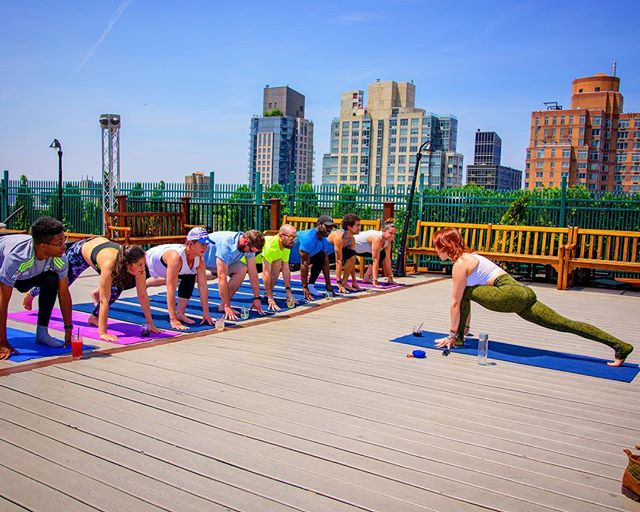 New to yoga? We love beginners!  Join us for beginner-friendly wine yoga tomorrow at @greyladynyc at 12pm, Monday on the ROOFTOP of @ourwickedlady at 5:30pm and Tuesday at @drexlersnyc at 6pm! 🍷🤸♀️