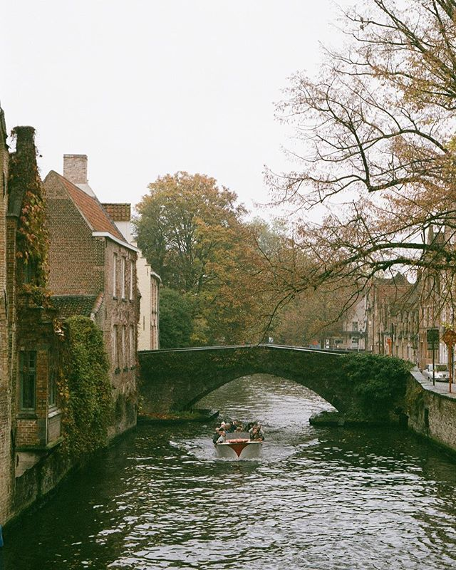 Finally developed some rolls of film that have been sitting around! [•] Bruges, 2016