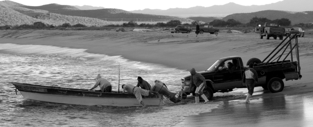 Punta Lobos fishermen launch from the beach before the Tres Santos development broke ground in 2014.  Photo 2013 sheryl maree reily