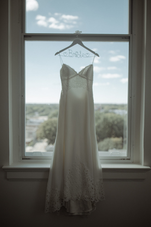 Enowen-Photography-wedding-raleigh-cannon-room-vivian-devon (5 of 56).jpg