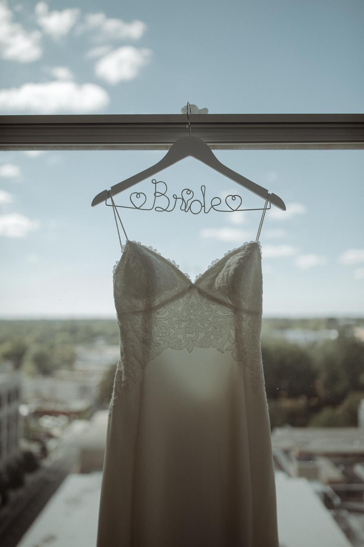 Enowen-Photography-wedding-raleigh-cannon-room-vivian-devon (6 of 56).jpg