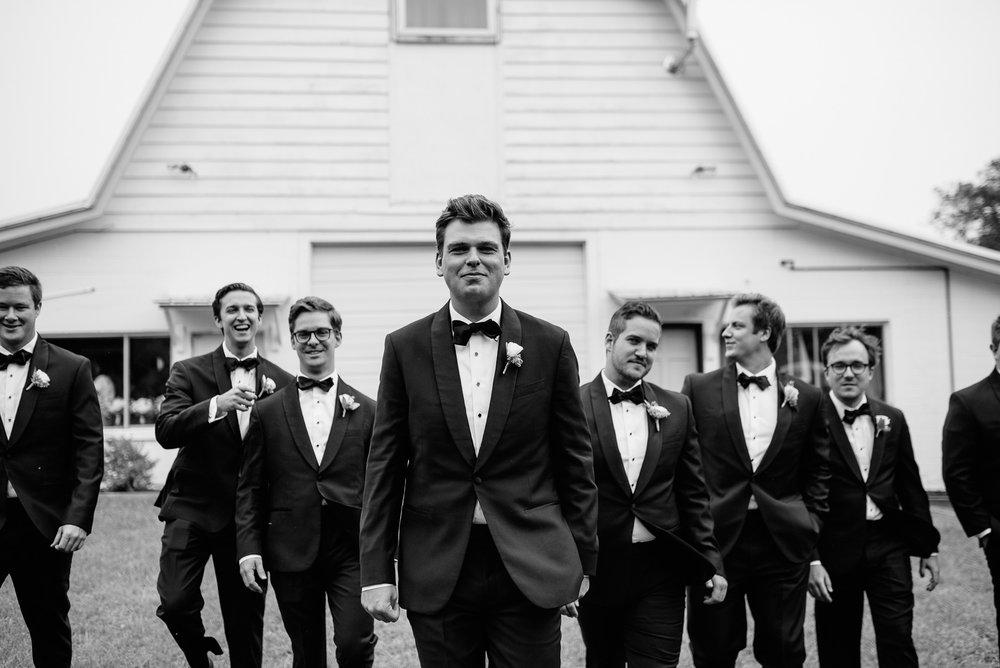 enowen-wedding-photography-overlook-barn-nc-lyndly-liam-blog-17.jpg