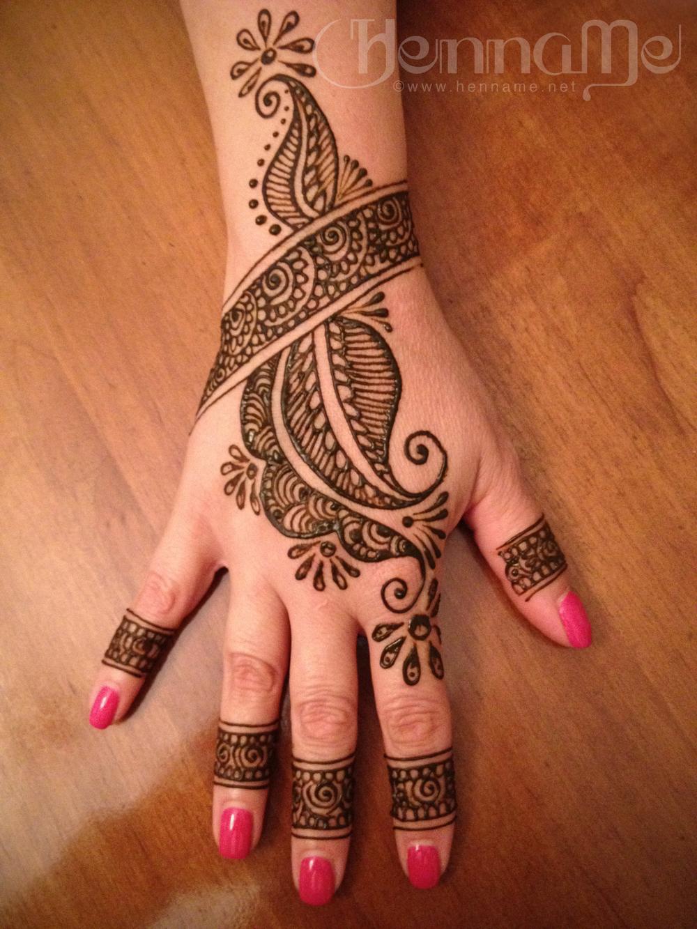party_henna2.jpg