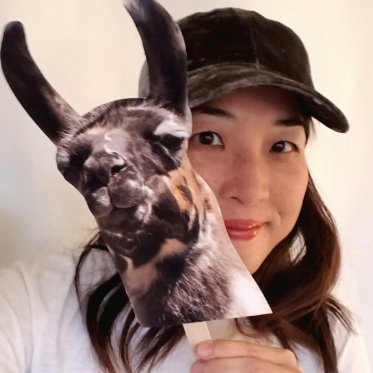 Christine Koh shows Heifer International some #LlamaLove