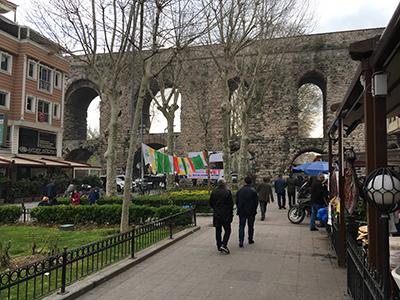 market_aqueducts_istanbul