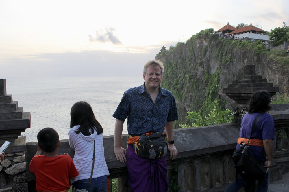 It is considered de rigeur to don a sarong when entering a Hindu temple such as Ulu Watu, especially if one's legs are not covered to begin with.