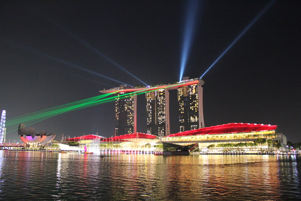 the light show of the Marina Bay Sands Hotel