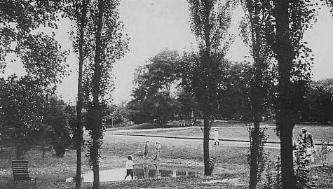Jessfield Park in early 20th century (source: wiki commons)