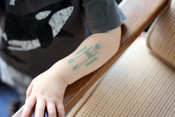 Senn & Sons // Robot Temporary Tattoo