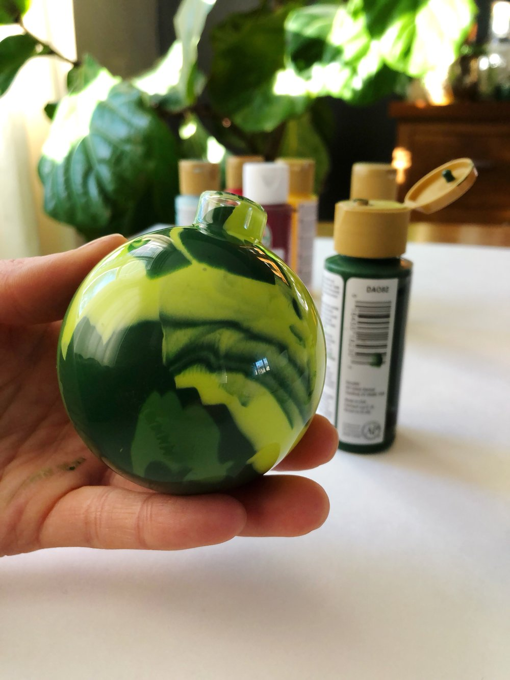 DIY Painted Glass Ornaments_09.JPG