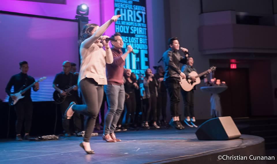 KGF2017_worship1.jpg